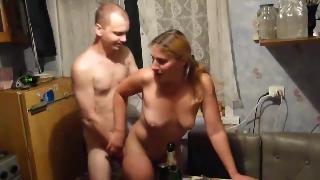 Жена записывает мужа секс с подругой
